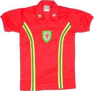 Wales 1976 home shirt