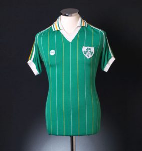 Retro Ireland Football Shirt 1983