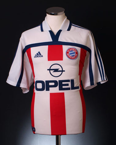 Retro Bayern Munich Shirt away 2000