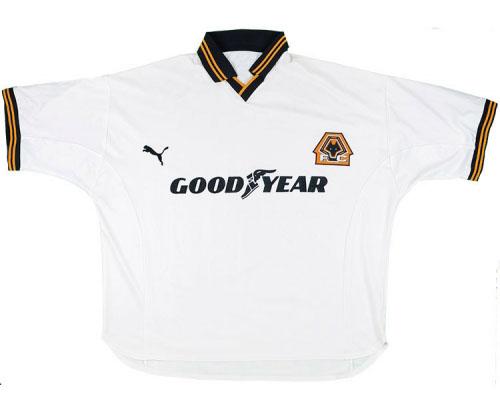98f6117ba2d Wolves Retro Shirts – Pretend You Are Steve Bull!   Classic Football ...