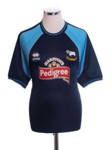 Derby away shirt 2001