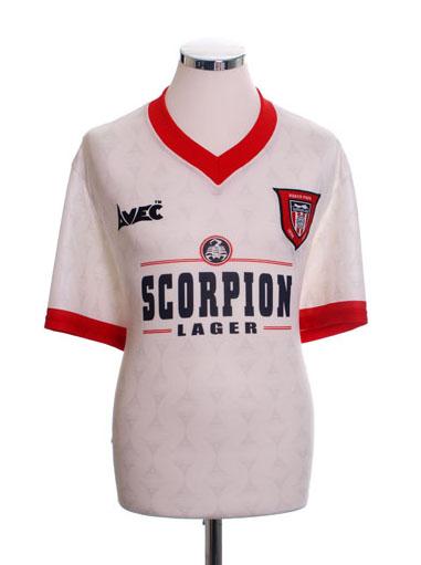 Retro Sunderland Football Shirts 1996 away