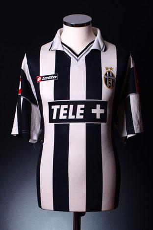 Juventus Home Shirt 2000