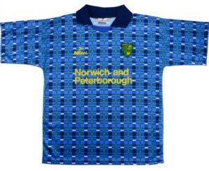 Retro Norwich Away Shirt 1994