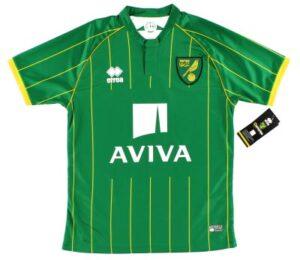 Retro Norwich Away Shirt 2015
